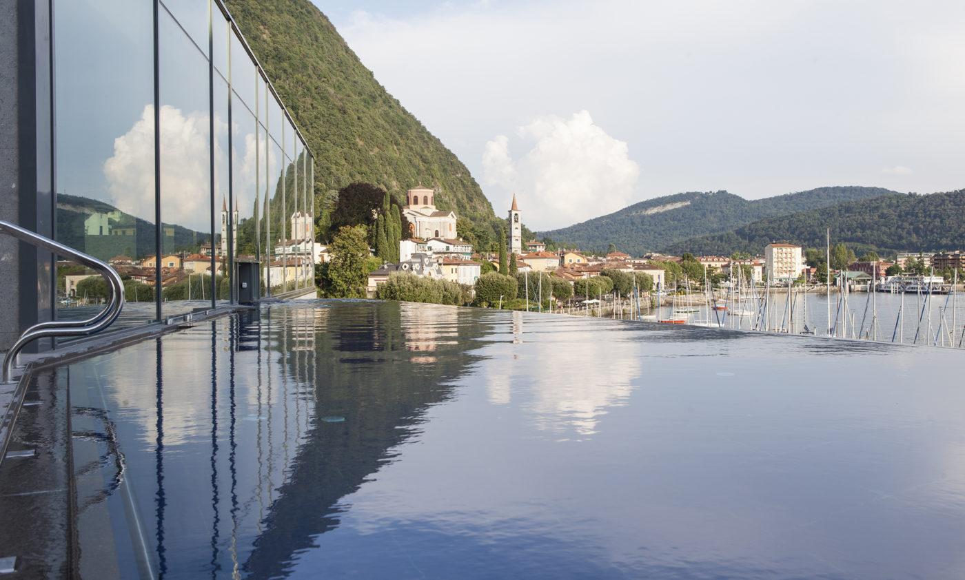 doccia vista lago all 39 hotel de charme di laveno che ha