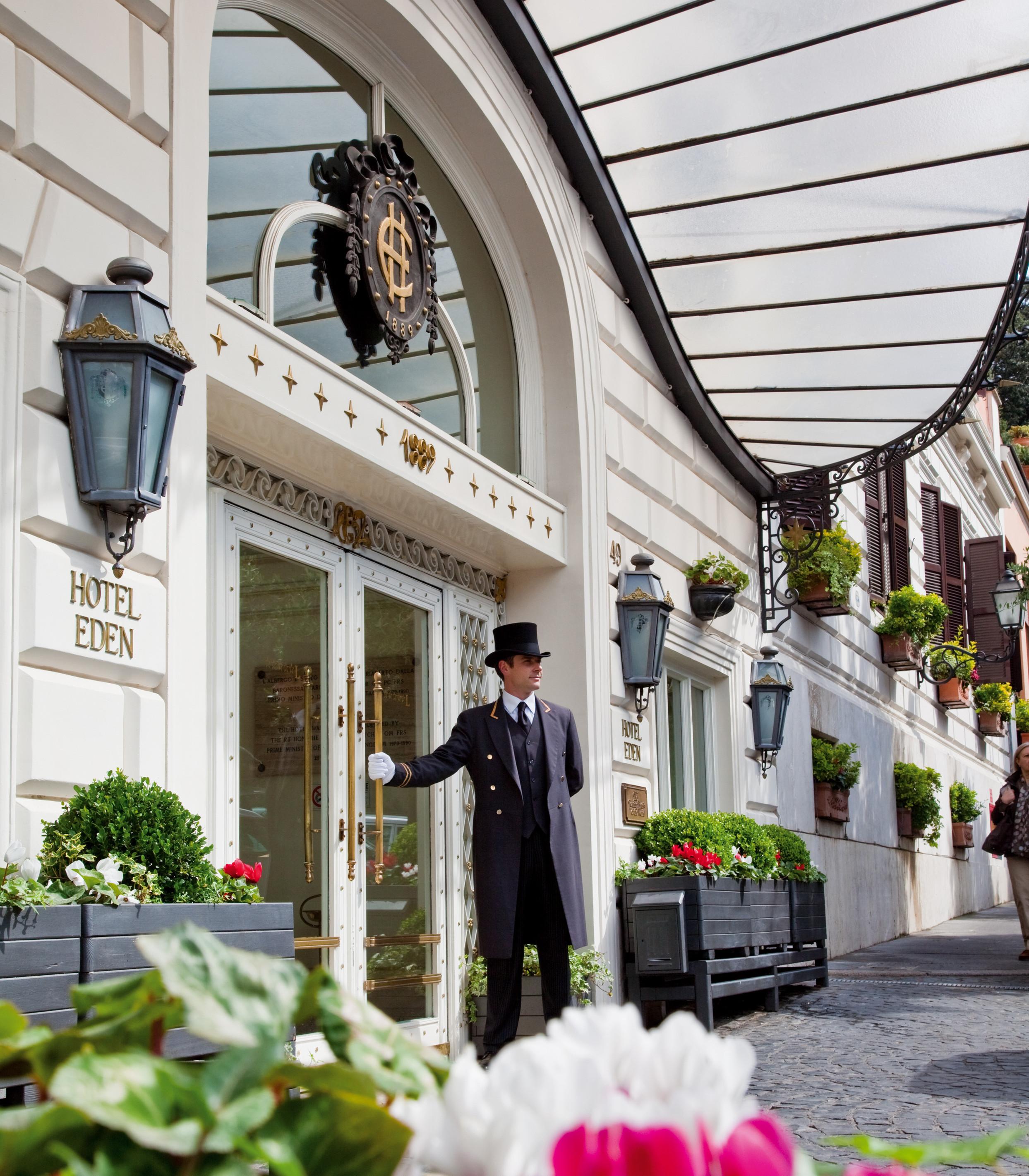 Dorchester collection imponente restyling per l hotel - Hotel eden en roma ...