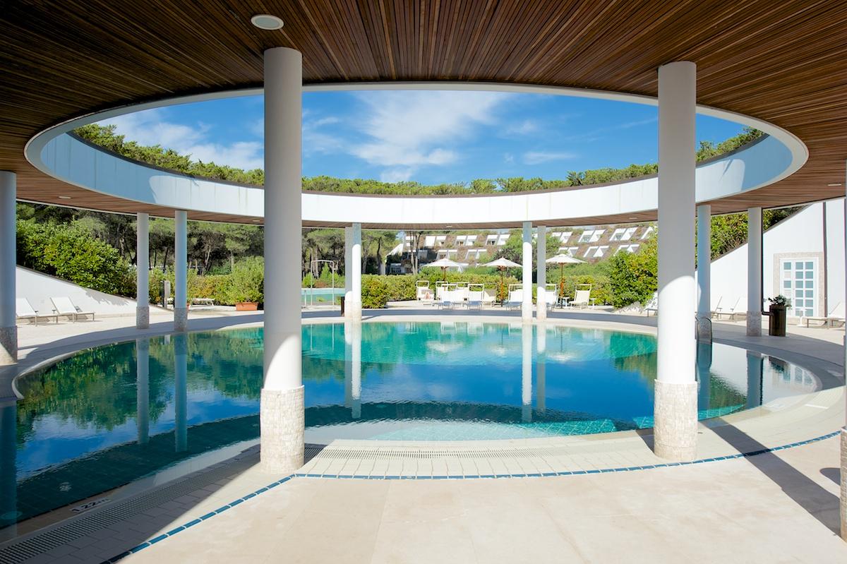 La piscina esterna del Kalidria Hotel