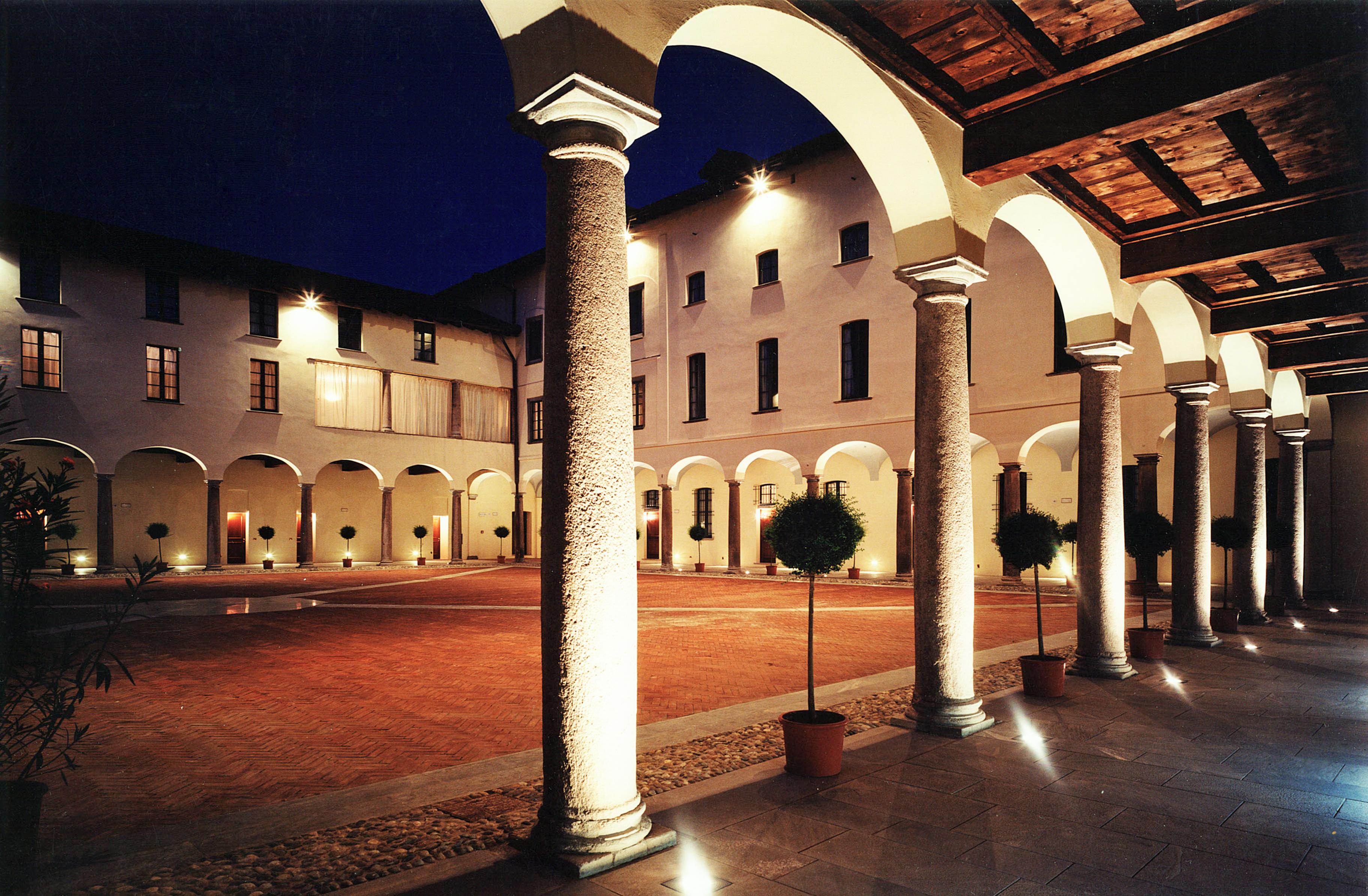 Grand Hotel Villa Torretta, il cortile interno