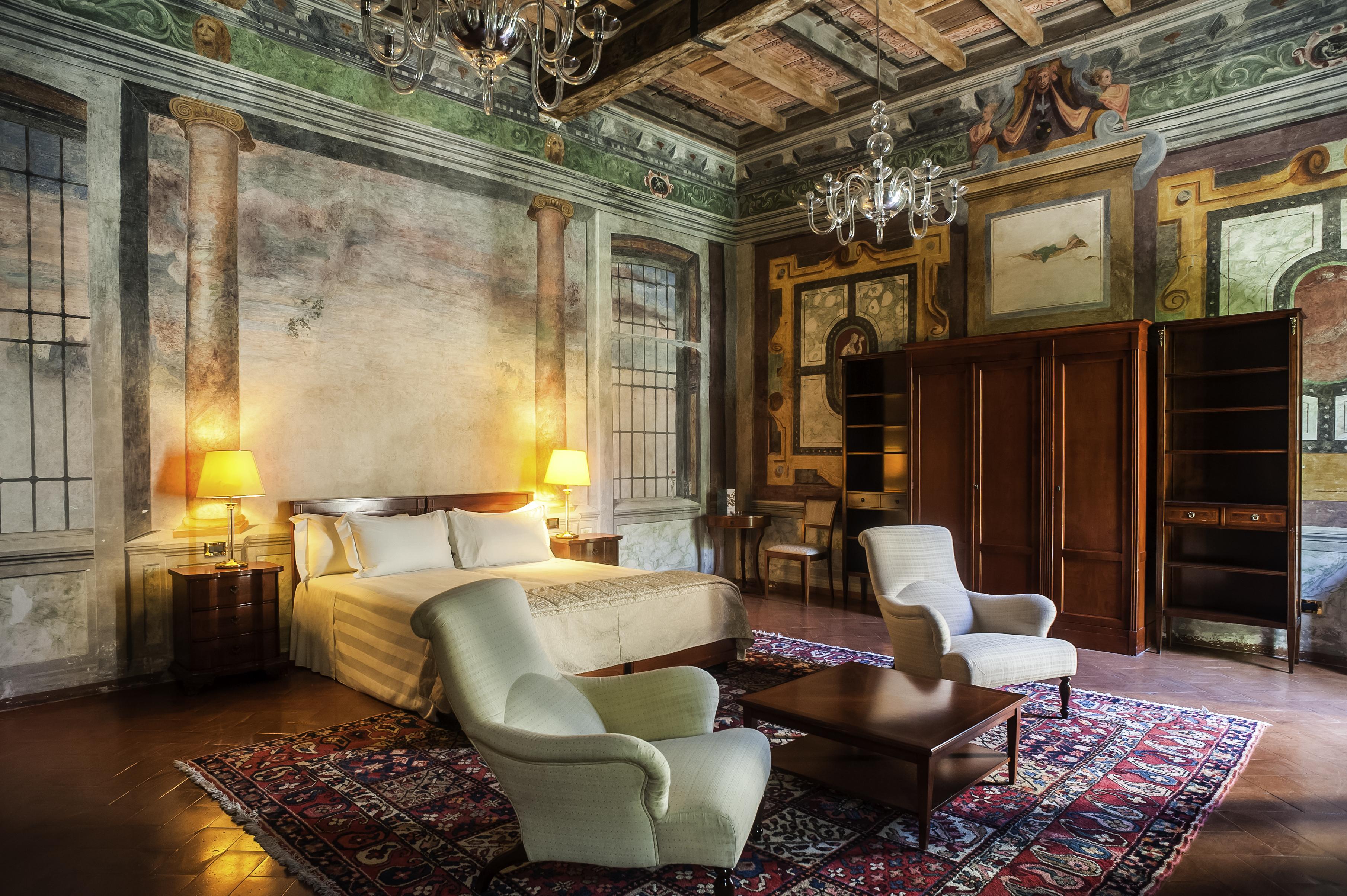 Grand Hotel Villa Torretta, una splendida suite affresata