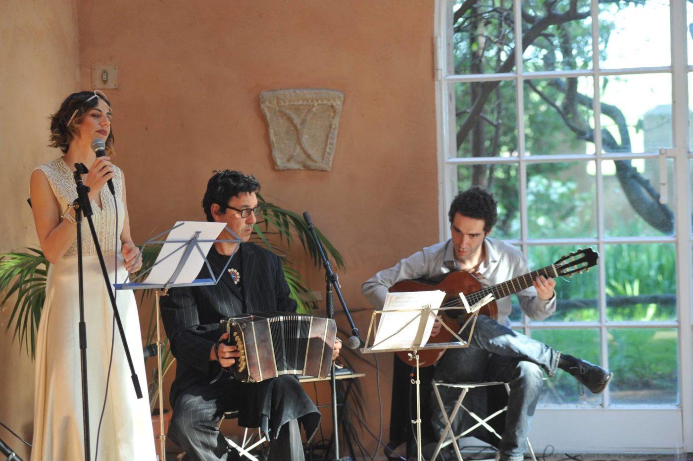 In Musica, Nora Tabbush con il trio El Barrio
