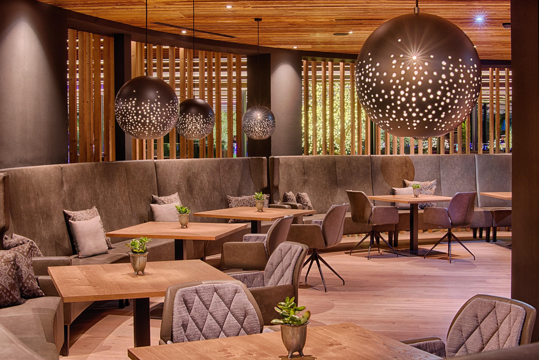 Il Lounge Bar Amonti dell'A&L Wellnessresort in Valle Aurina