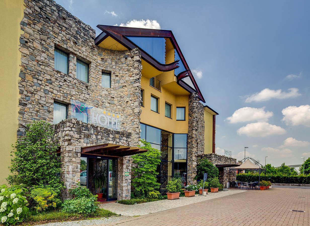 Uno scorcio esterno del Best Western Art & Hotel