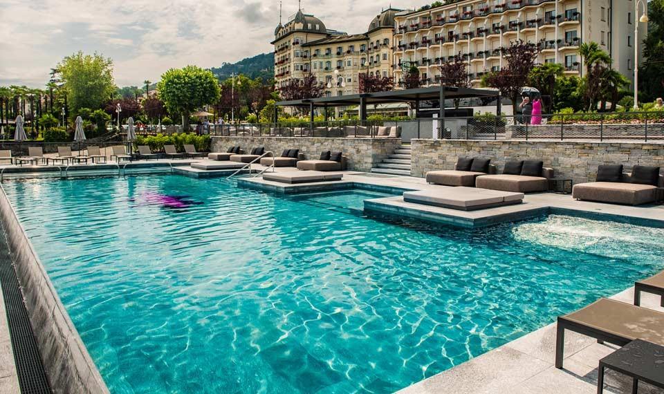 La piscina dell'Hotel La Palma di Stresa