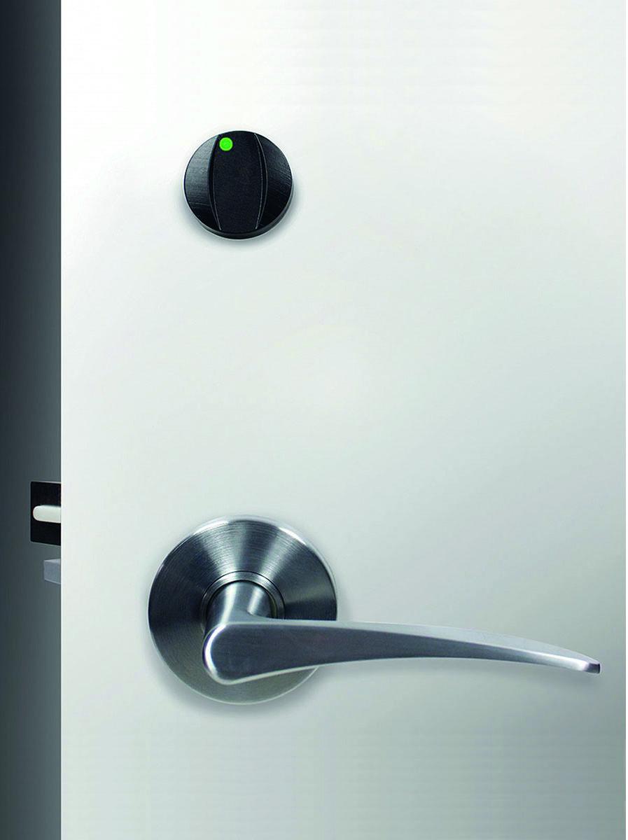 Il dettaglio di una porta con la serratura Quantum Pixel