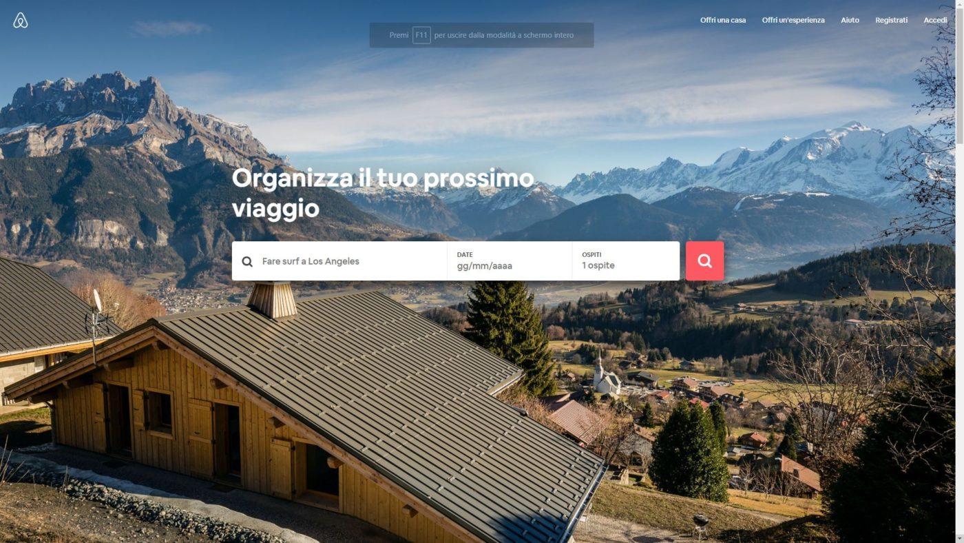 La piattaforma online Airbnb