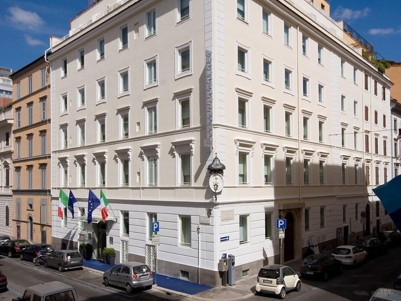 L'esterno del Venetia Palace Hotel a Roma acquisito da Leonardo Hotels