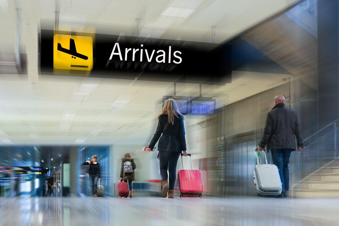 Il terminal di un aeroporto. I viaggi sono vitali per il turismo