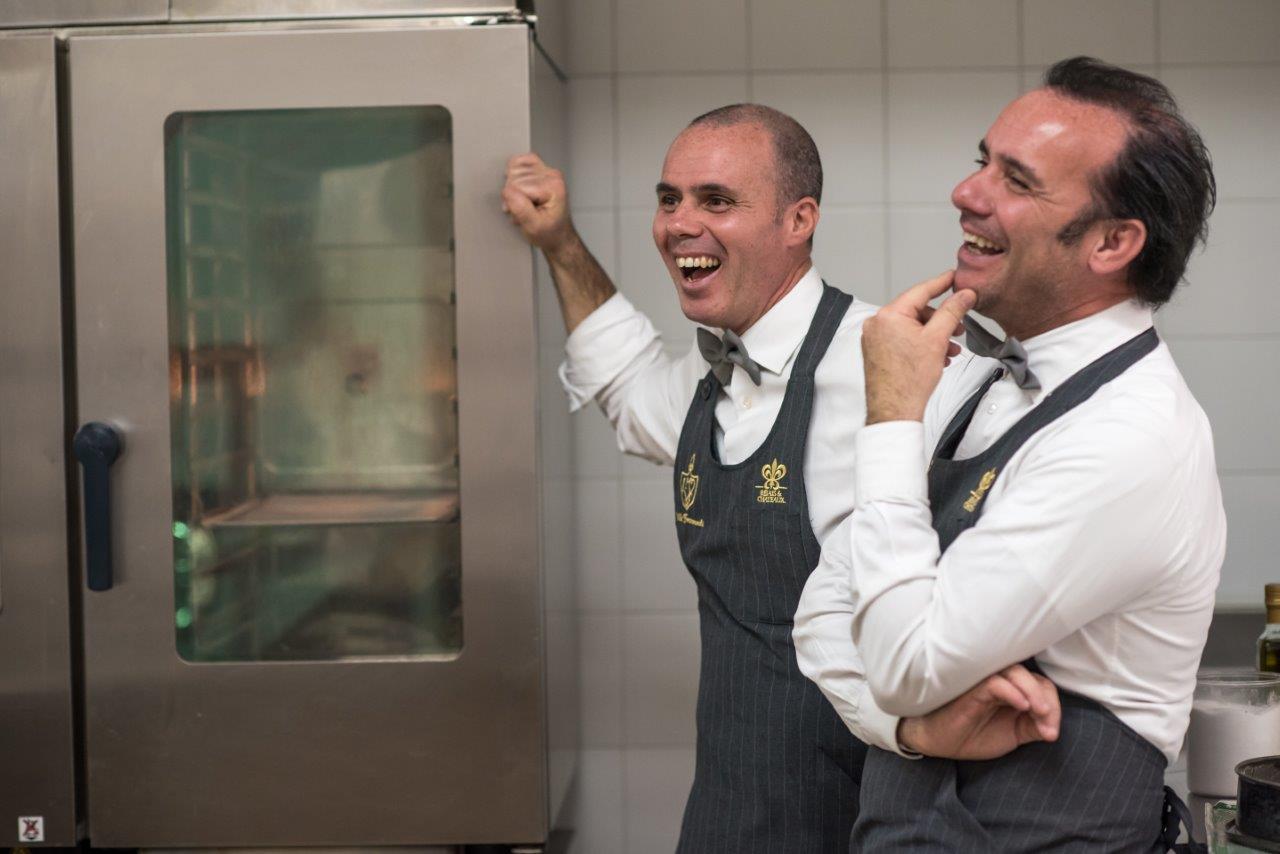 Alessandro e Dario Dal Corso nella cucina del ristorante Margherita, nel cuore della Riviera del Brenta
