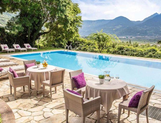 La piscina di Villa Eden a Merano